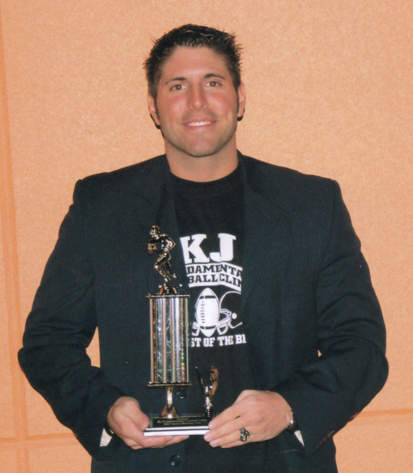 KJ Fundamental Football Clinic Coach KJ Best Clinic Award Picture